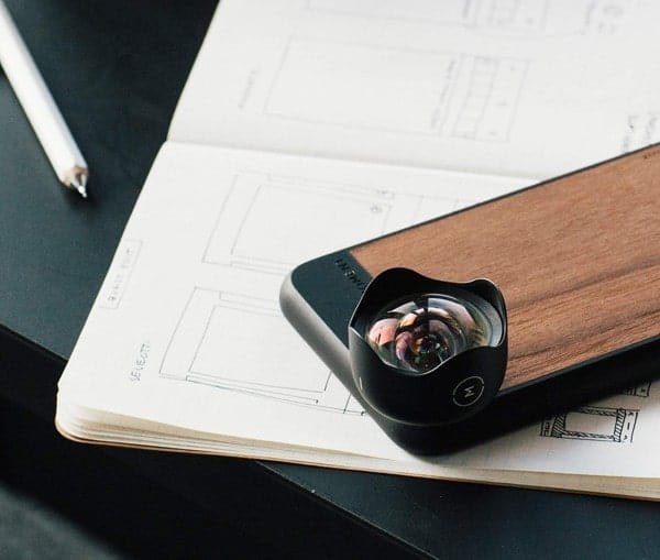 25 of the best gift ideas for travelers - Moment Smartphone Lens