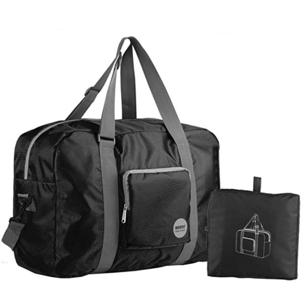 25 of the best gift ideas for travelers - Wandf Foldable Duffel Bag